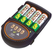 GP Зарядное устройство GP GPPB50GS270CA-2CR4 PowerBank H500 (NiMH, AA / AAA) +AAx4шт аккум.+авто.адаптер