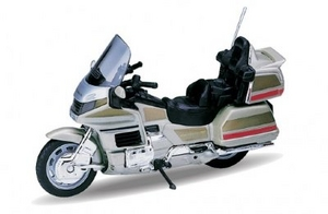 Welly 12148PW Модель 1:18 Honda Gold Wing