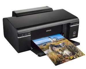 Epson STYLUS Photo P50 (A4, 37 стр/мин, 5760 dpi, 6 красок, USB2.0, печать на CD/DVD)